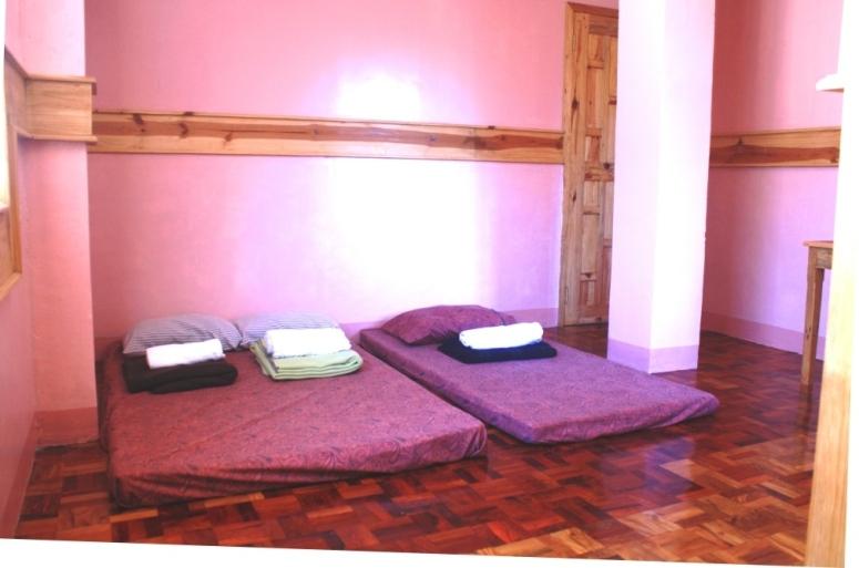 Inandako's-Sagada-Lower-Floor-Room1.jpg