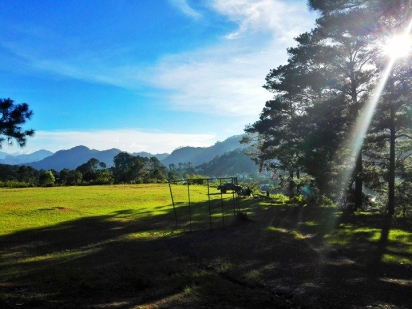 inandakos-bnb-sagada-parking-area