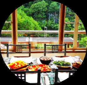 inandakos-dining-area-breakfast-view-inn